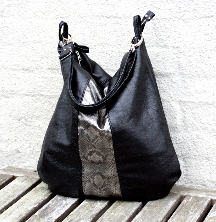 Black and silver citybag