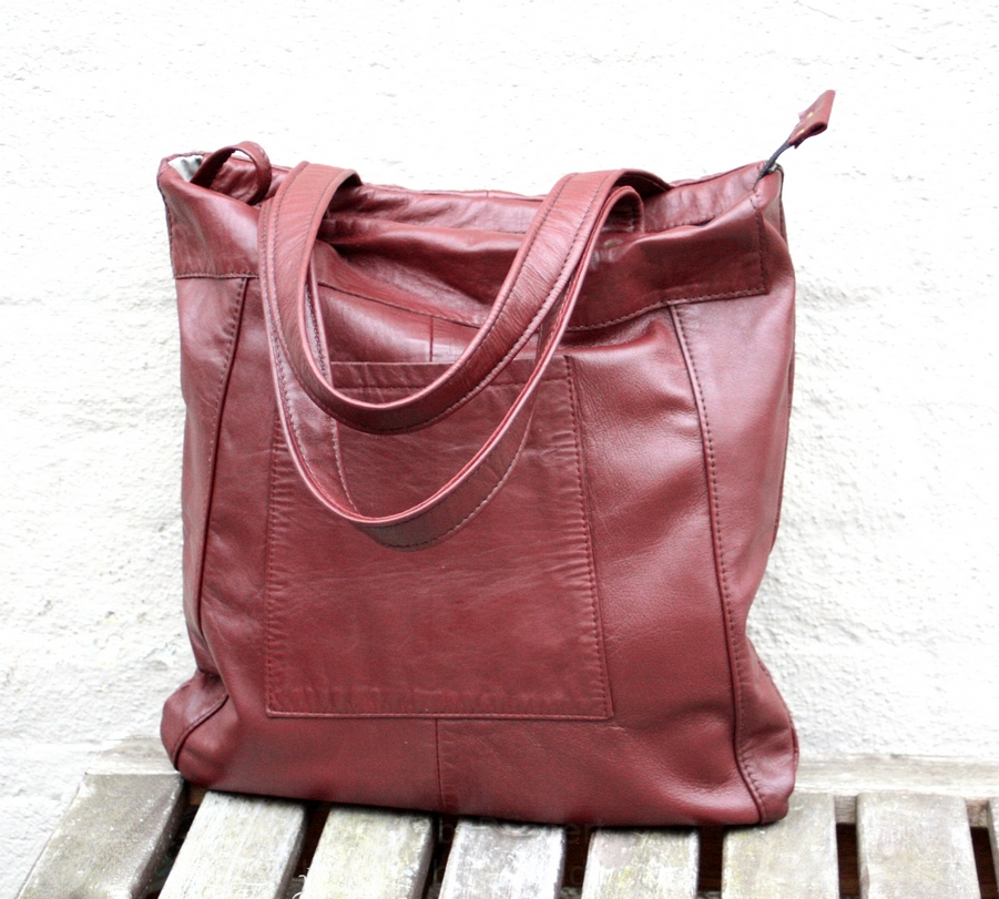 The red/brown city bag