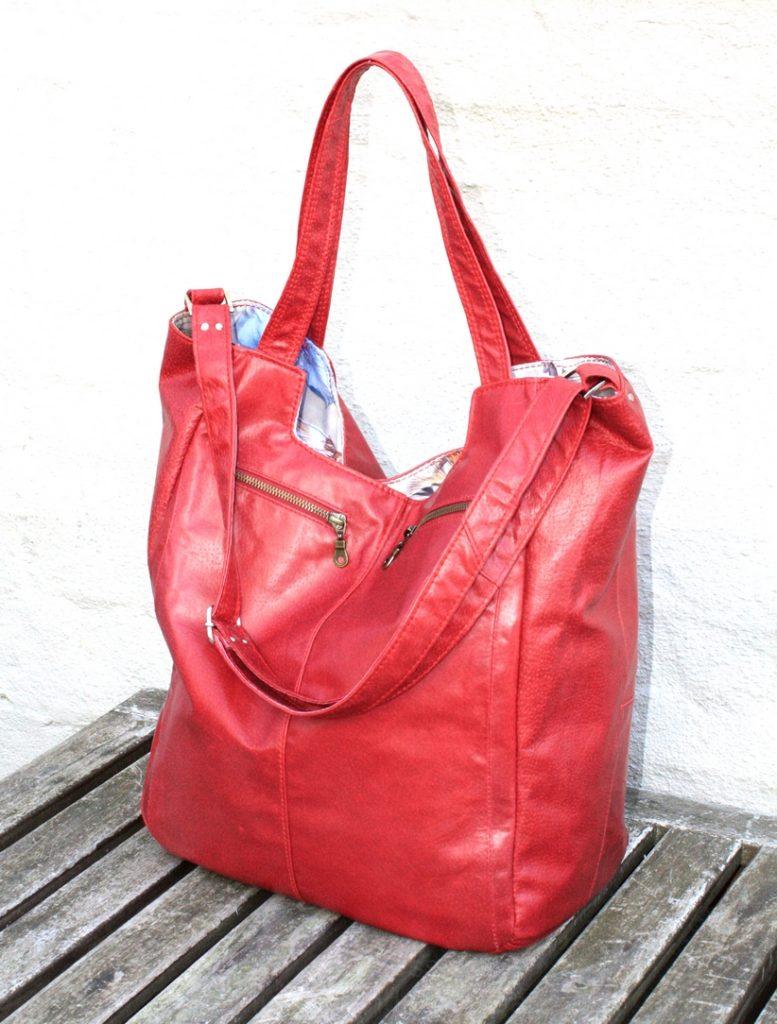 A red shopper