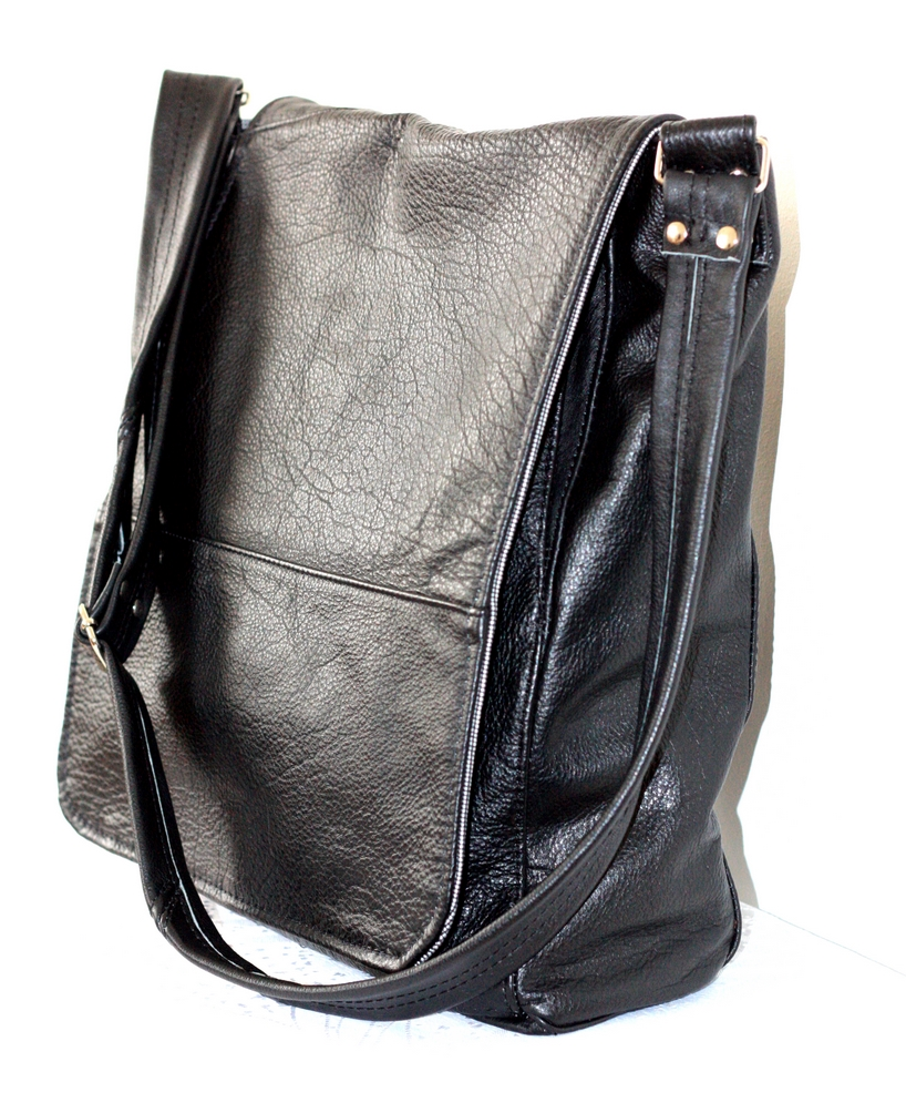 A black messenger bag.