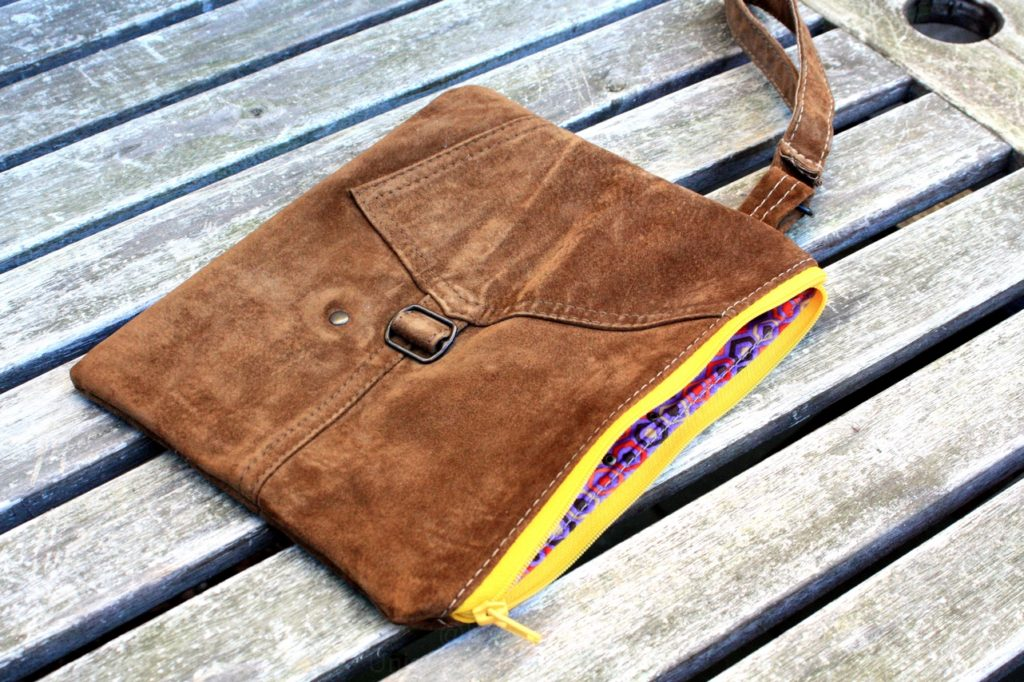 Brown vintage suede clutch