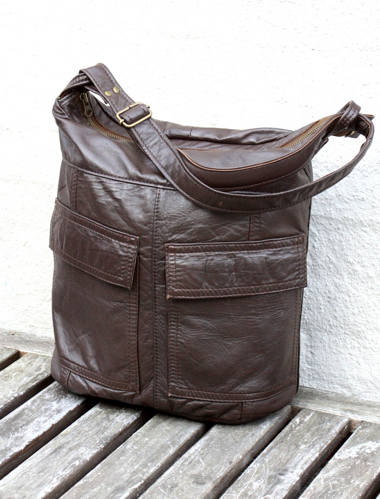 Beautifull and soft like a butter brown leather bag