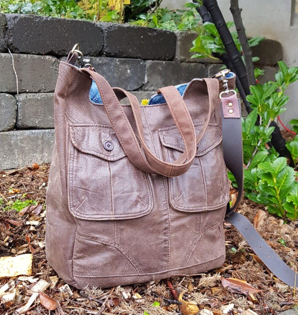 Brown big leather shopper